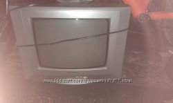 Panasonic i JVC телевизоры б. у с кронштейнами