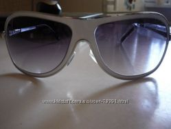 Классные солнцезащитные очки в наличии для наших мужчин